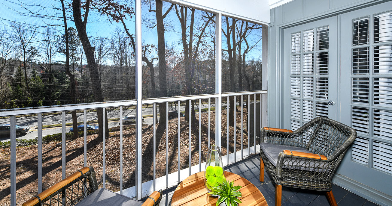 outdoor deck with chairs and table, 550 Abernathy, atlanta ga