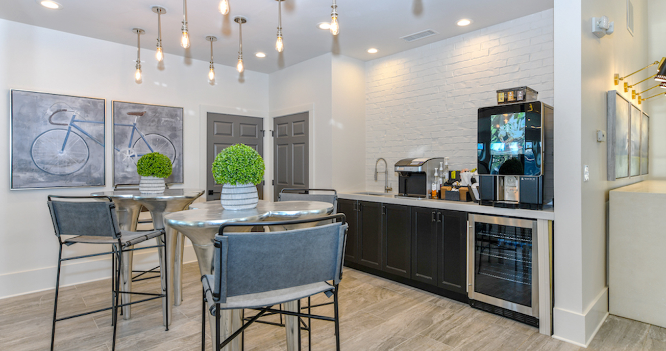 kitchen with coffee bar, Abernathy, atlanta ga