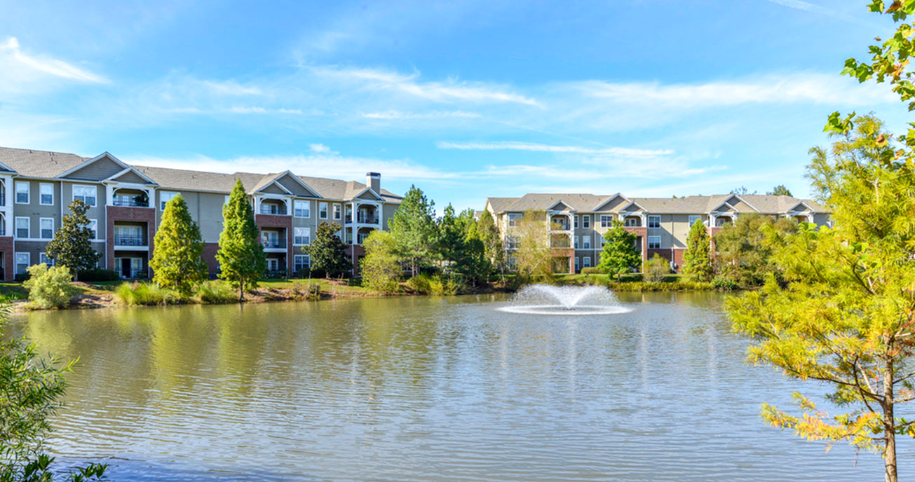 outdoor lake with trees, columns at wakefield in raleigh nc